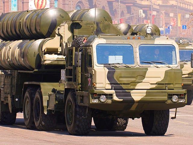 L'accumulation par la Russie de batteries de missiles S-400 à Kaliningrad fait paniquer l'OTAN