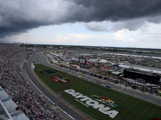 Un coup de foudre a décidé le vainqueur du Fluke NASCAR à Daytona