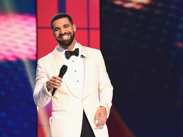 With 'Nice for What,' Drake Celebrates Some of Our Faves and Shows Us Why He Keeps Winning