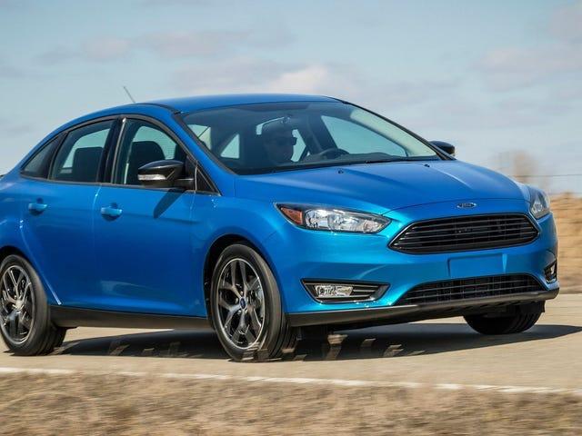 Yhdysvalloissa on jäljellä vain 12 000 jäljellä olevaa Ford Focus -sedania: Raportti