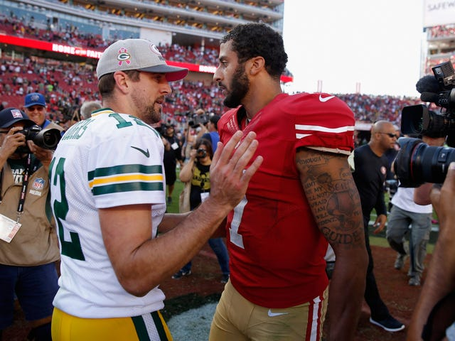 Aaron Rodgers Knows the Truth, Says Colin Kaepernick Is Still a Free Agent Because of His Protest