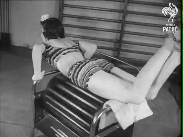 Découvrez les étranges machines utilisées par les femmes pour perdre du poids dans les années 30 et 40