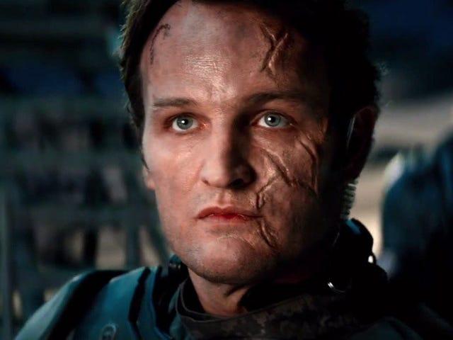 我们看到12分钟的<i>Terminator Genisys</i> ,以Bizarro John Connor为特色