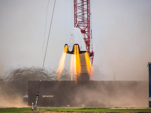 SpaceX Says a Faulty Valve Triggered Crew Dragon Explosion