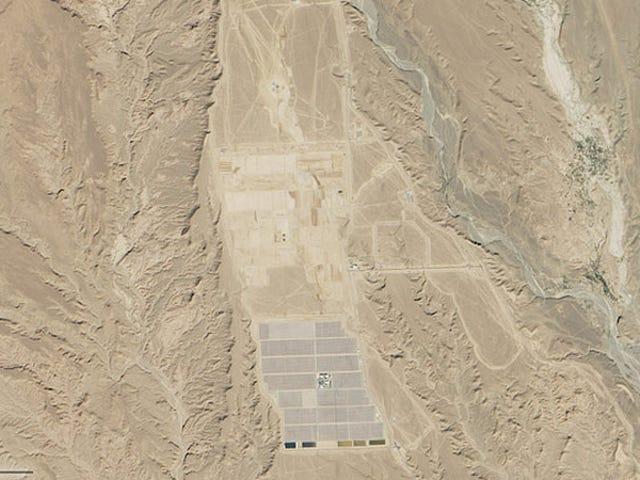 A Massive Solar Power Plant Is Taking Shape in the Sahara Desert