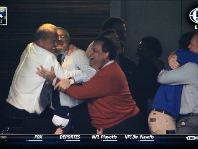 Jerry Jones And Chris Christie Enjoy Passionate, Slow Motion Embrace