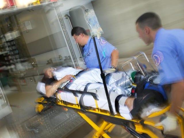 """Tener un contacto""""AA""""enelmóvilnosirve de nada en caso de emergencia,pero existen alternativas"""