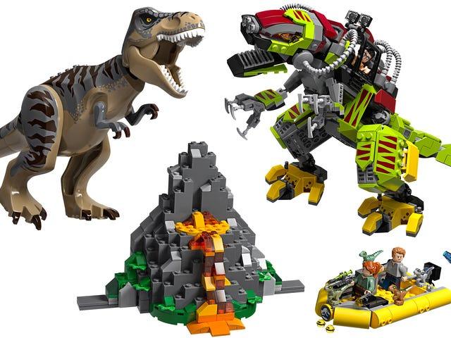 Jurassic World's T-Rex Fighting Mecha T-Rex Is the Lego Set of My Childhood Fantasies