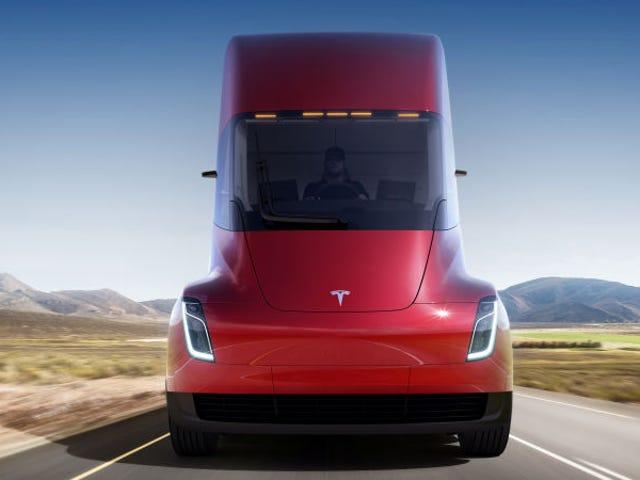 El nuevo camión eléctrico de Tesla ya tiene precio y puede reservarse