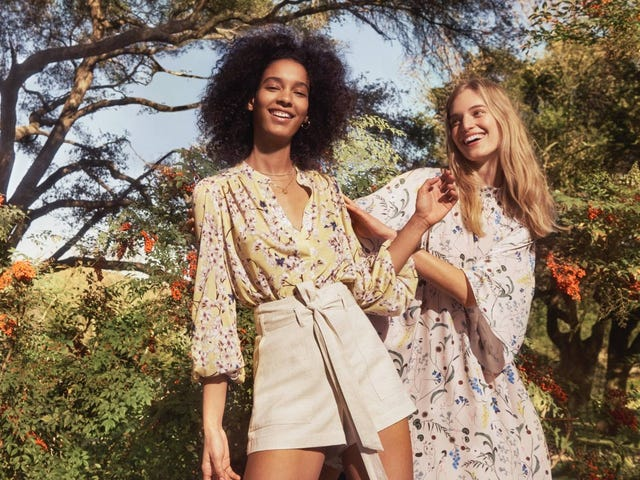 The H&M x Anna Glover Collection Promises to Make Florals For SpringGroundbreaking