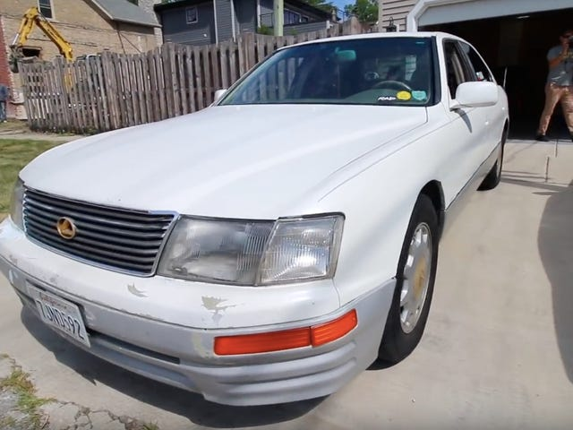 Check Out Everything That's Broken on This Famous Lexus With 983,000 Miles
