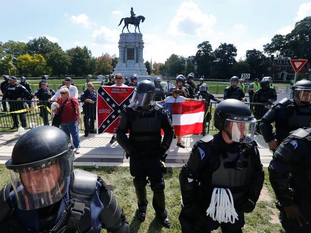 Al infierno con todos ustedes: el juez de Charlottesville dictamina que las estatuas confederadas se mantendrán
