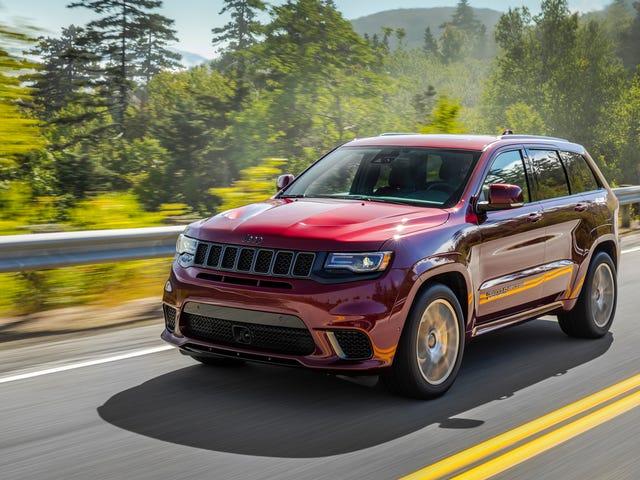 2018 Jeep Grand Cherokee Trackhawk, SRT นึกถึงพรมปูพื้นที่สามารถเหยียบคันเร่งได้
