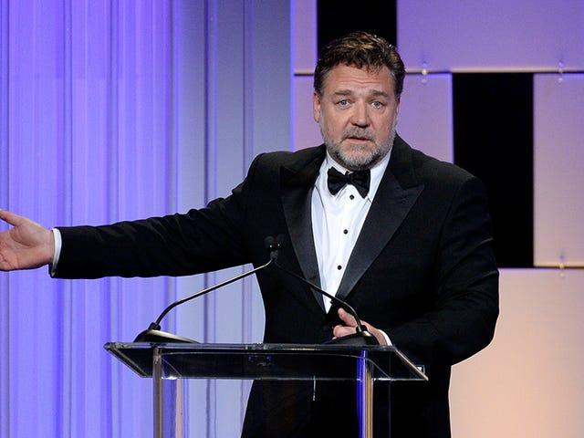 Azealia Banker går til Russell Crowe's for middag og får sparket ut etter å ha gjort en scene