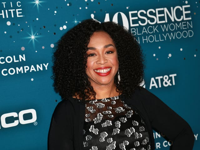 Shonda Rhimes rejoint le National Board of Planned Parenthood Federation of America