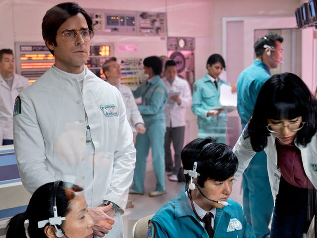 Maniac should maybe just be about Justin Theroux jerking off