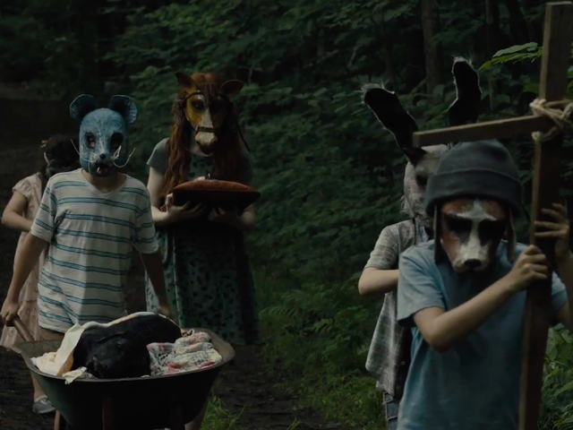 The First Disturbing PetSematary TrailerIs Here to Remind You to Leave Dead Things Alone