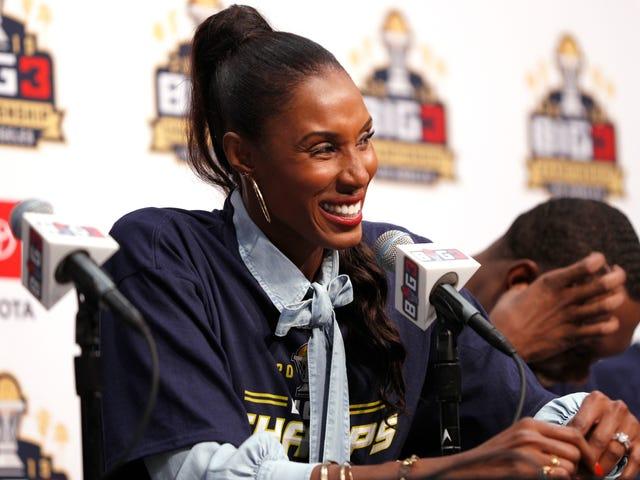 Lisa Leslie será a primeira atleta a receber estátua fora do Staples Center, em Los Angeles