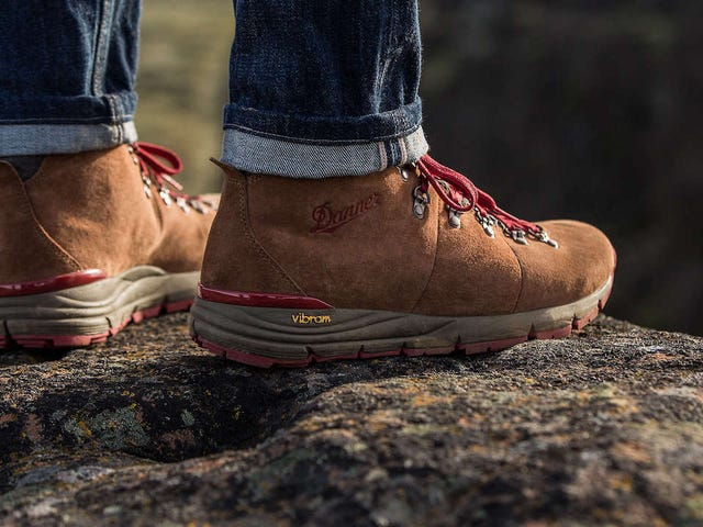Danner Mountain 600: The Most Comfortable Hiking Boots We've Worn So Far [Updated]