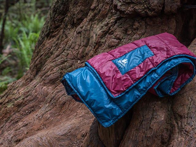 Black Friday Steel: deze inpakkende, lichtgewicht deken is nu 60% korting ($ 36)