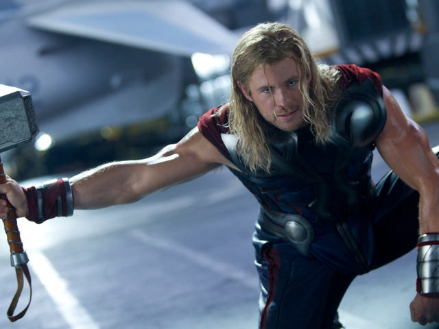 "Chris Hemsworth generously dismisses <i>Thor: The Dark World </i>as ""meh""<em></em>"