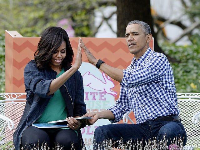 Tässä on joitain valokuvia hämmästyttävästä pääsiäismunasta, joka rullaa Obaman kanssa