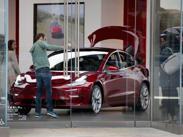 Đây là những chiếc xe mọi người đang kinh doanh cho một mô hình Tesla 3 <em></em>