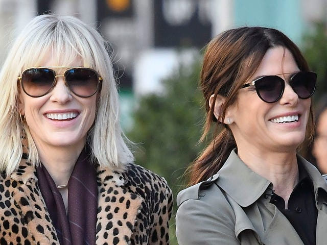 Everything We Learned From These Photos of Sandra Bullock and Cate Blanchett Filming Ocean's 8
