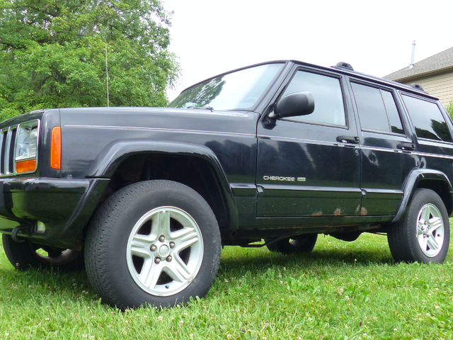 Here's What's Wrong With My $500 Low-Mileage Jeep Cherokee