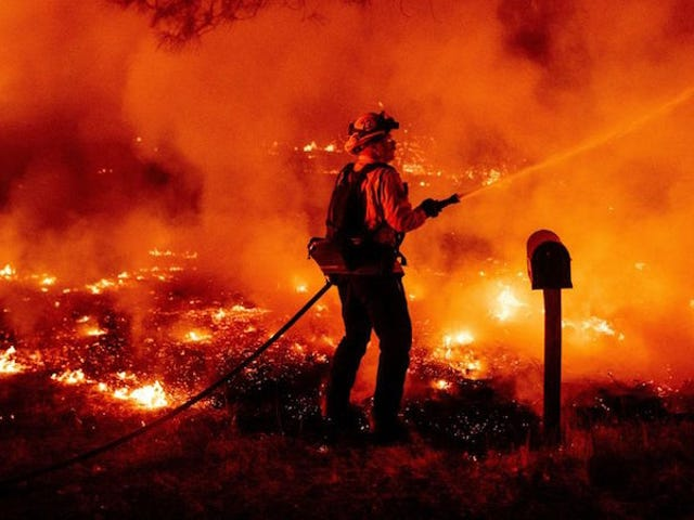 The Most Apocalyptic Photos From the West Coast Fires This Week