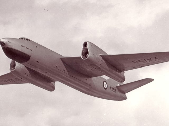 "The Short Sperrin: The RAF's 'just in case"" bomber [Wingspan]"