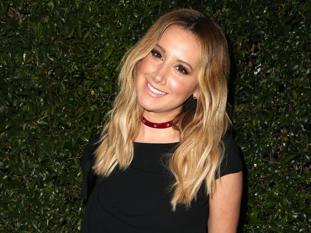 Ashley Tisdale Subtweets the Press Over Brad Pitt and Angelina Jolie