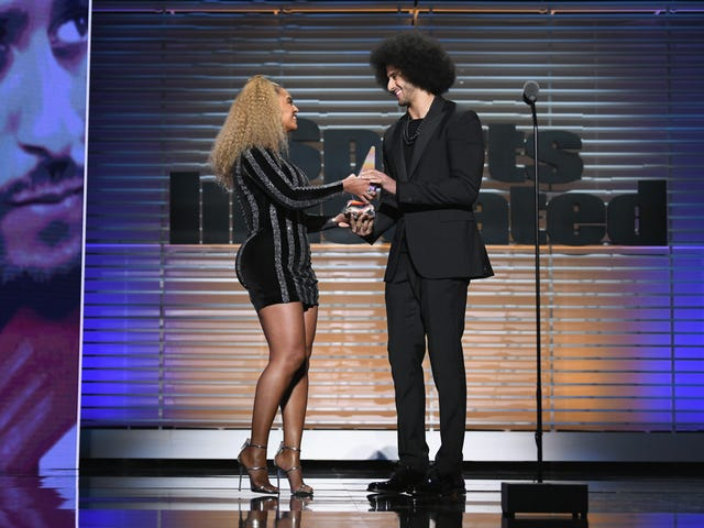 Beyoncé Makes Surprise Appearance to Present Colin Kaepernick With Muhammad Ali Legacy Award