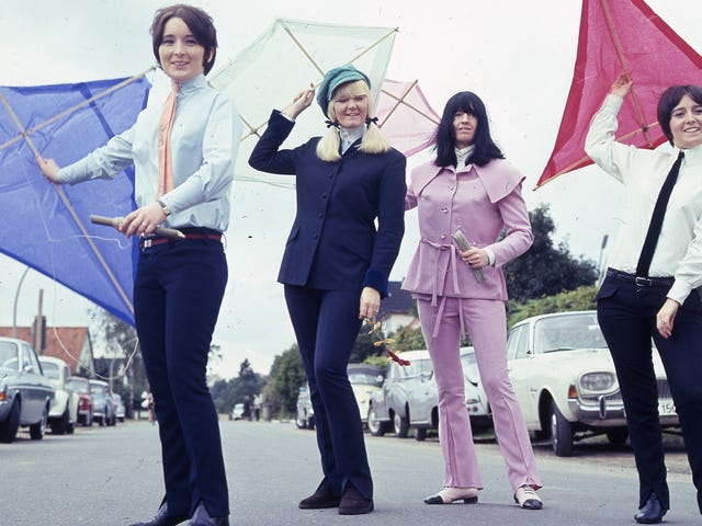The 'Birds and The Beatles: Meet The Liverbirds, les femmes contemporaines des Fab Four