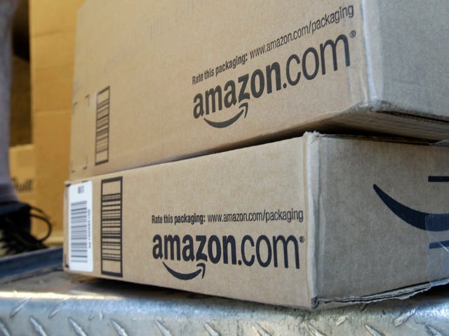 Amazon Will Force Its Flex Delivery Drivers to Snap Selfies for Face-Recognition Authentication