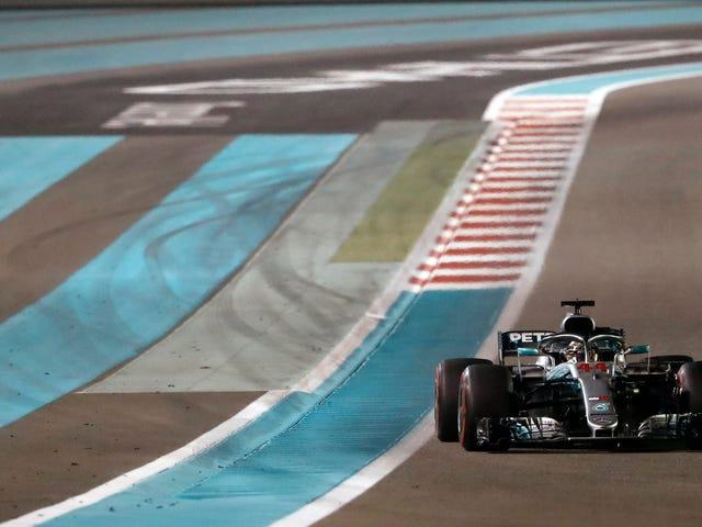 Lewis Hamilton zamyka sezon mistrzowski z dominującym zwycięstwem w Abu Dhabi