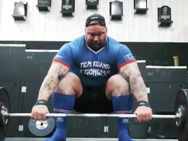 Hafþór BjörnssonDeadlifted 1,000 Pounds While His Rowdy Pals Went Wild