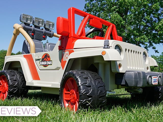 I'm Too Big for This Miniature Jurassic Park Jeep, But That's Not Keeping It Out of My Garage