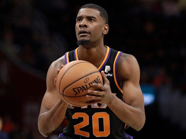 Suns-fanit odottavat hetkiä Josh Jacksonille. Sen sijaan saat ilmaisen oluen, joka on parempaa