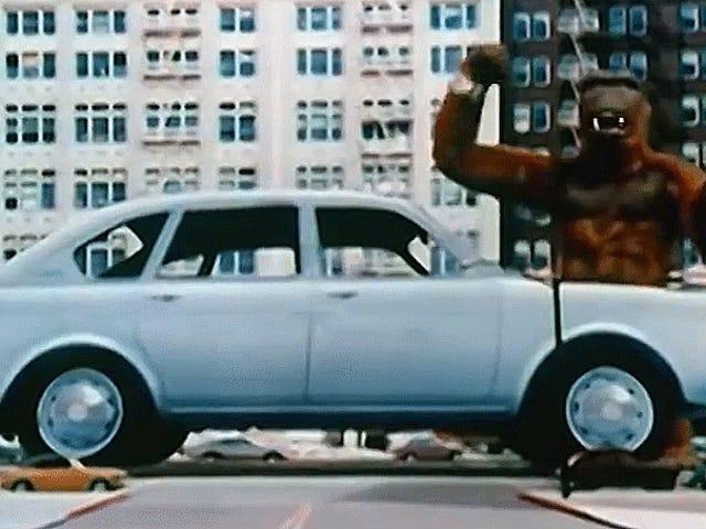 大众411是巨型破坏怪物的汽车