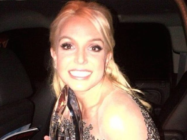 Britney Spears Is Going to a Party