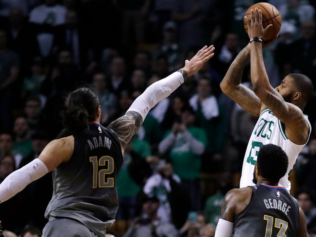 Marcus Morris Hits Game-Winning Three To Boost Celtics Over Thunder