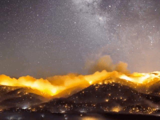 Timelapse калифорнийских лесных пожаров является абсолютно апокалиптическим