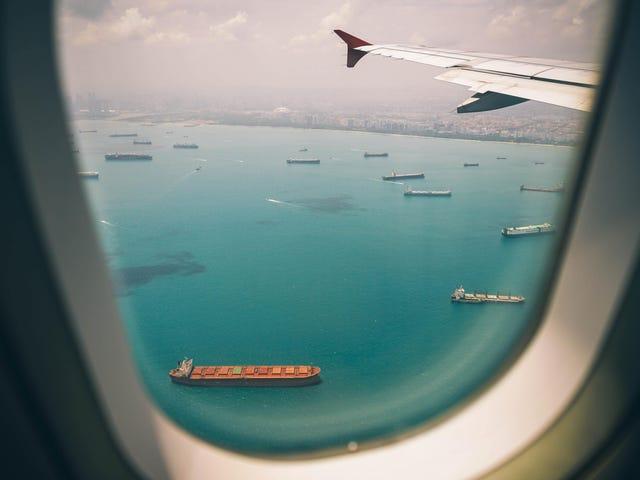 Có gì biết về Sharing Airline Miles Với gia đình và bạn bè