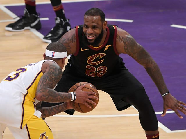 LeBronWatch: Jeanie Buss Tweeted A Thing That Could Definitely Conceivably Be About LeBron