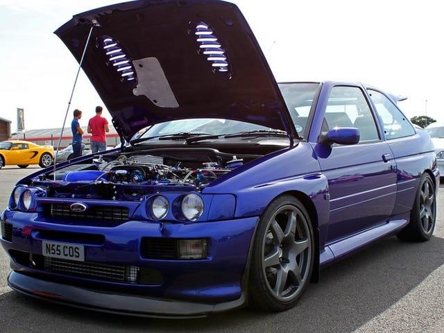 Το 20χρονο Ford Escort Cosworth είναι νόμιμο και ασυγχώρητο