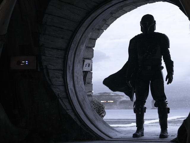 The First Footage From <i>The Mandalorian </i>Just Kicked Our Damn Ass