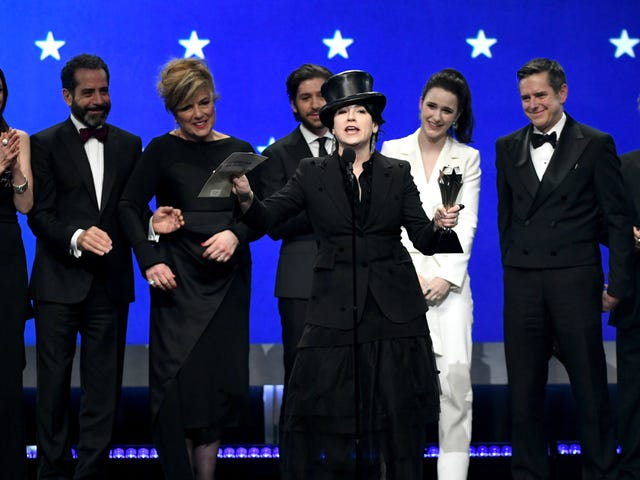 """<a href=""""https://news.avclub.com/the-critics-choice-awards-choose-roma-as-the-best-film-1831723334"""" data-id="""""""" onClick=""""window.ga('send', 'event', 'Permalink page click', 'Permalink page click - post header', 'standard');"""">The Critics&#39; Choice Awards choose <i>Roma </i>as the best film of the year<em></em></a>"""
