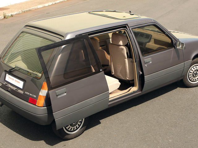 There Was Once A Renault Le Car Concept With Sliding Doors