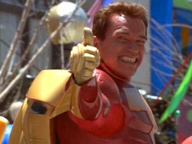 Kickstarter devolviendo la locura de Turbo Man de <i>Jingle All The Way</i>